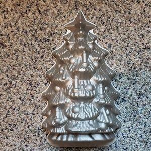 Nordic Ware Christmas Tree Pan